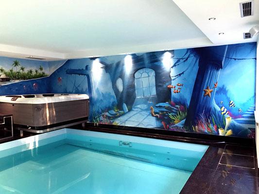 Wellnessbereich Schwimmbad neu designen mit Graffiti Wandmalerei