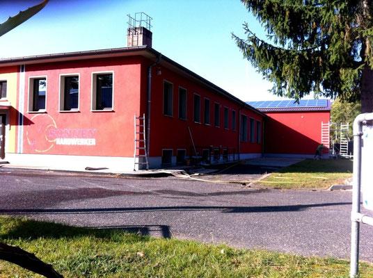 Wandart für die Sonnenhandwerker in Fürstenwalde an der Spree Graffiti Graffitikunst