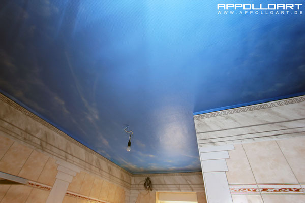 Decken Bemalung -Wolken Illusion Himmel Graffiti-Badezimmer Innenraum Prenzlau