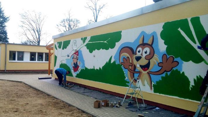 Kindergarten Fassade gestalten mit Bildern Neuruppin