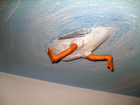 Deckengestaltung in Zingst Ostsee Ferienwohnung Innenraum Malerei