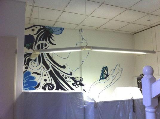 Zahnarztpraxis verschönert durch Graffitikunst gemalt Fankfurt