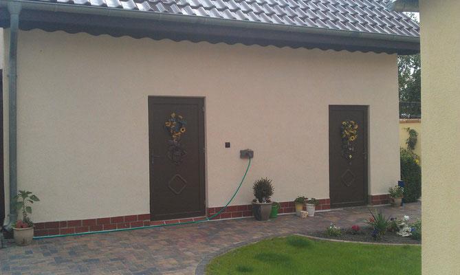 Hauswand bevor die appollo `s kamen und ein Wanbild auf die Fassade gestalteten