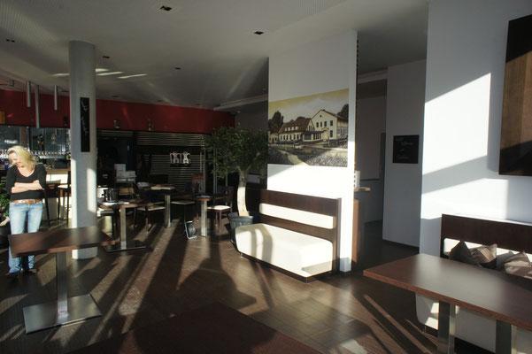 Gaststäätenausstatter mit Appolloart Fassadenkunst im Innenraum