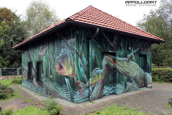 Wandbild auf die Außenfassade einer Wasserpumpstation gemalt Graffiti Airbrush Bremen