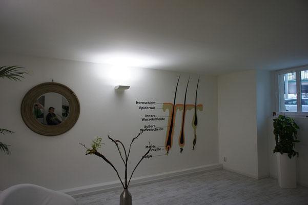 Kosmetik Studio Wandbild in Berlin. Wellness und Schönheits Haarentfernung Maler nach Vorgabe