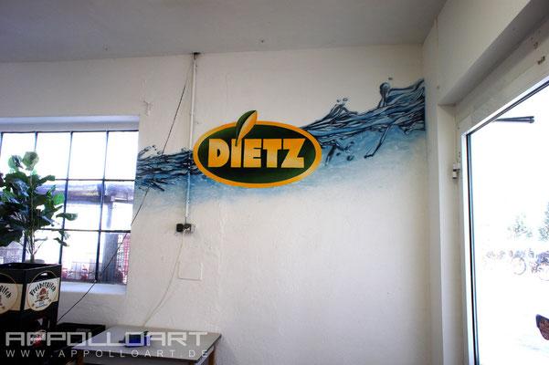 Getränkeindustrie Graffiti auf der Wand im Innenraum