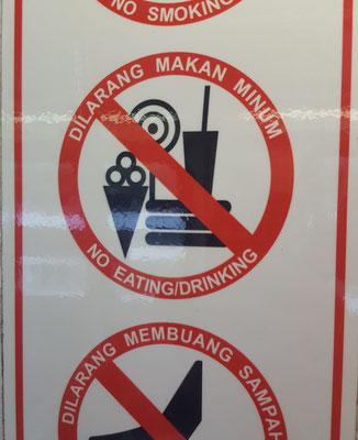In der Metro sind sogar Lollis verboten - Radreise/Cycletouring - Alles in 12 Taschen