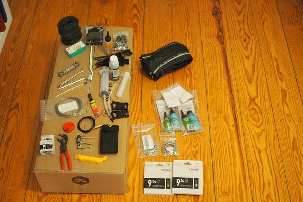 alles in 12 taschen - unser Werkzeugset