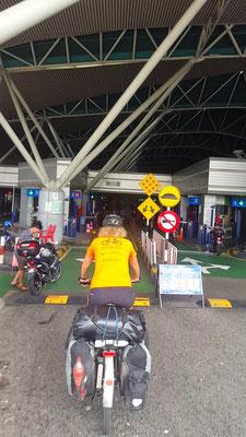 Die letzte Schranke - Alles in 12 Taschen - Cycletouring/Radreise