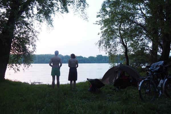 Erstes Donau - Bad