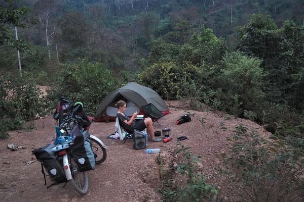 Zeltplätze finden wir sogar an den steilsten Anstiegen