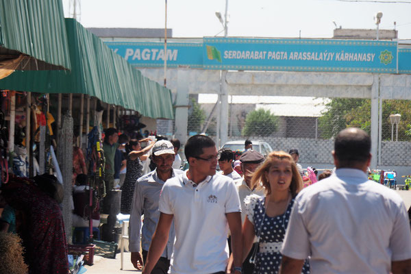 Bazar in Türkmenabat