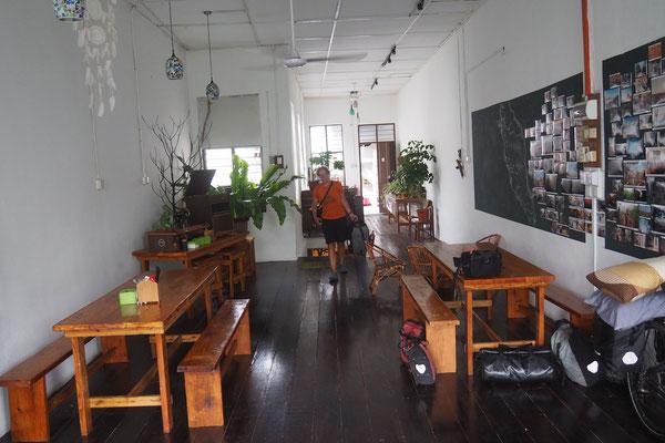 Unser Schlafsaal über dem Cafè - Radreise/Cycletouring - Alles in 12 Taschen - Malaysia