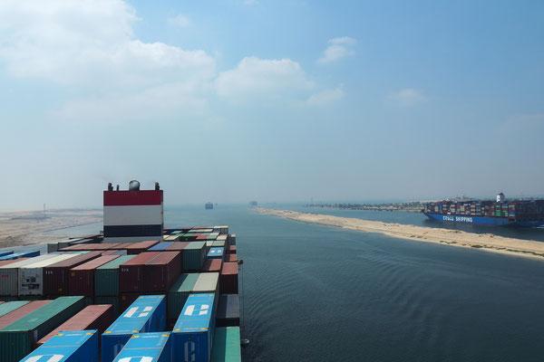 Im Suezkanal/At the Suez-Canal - Cycletouring/Radreise