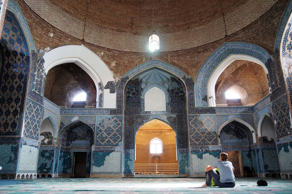 Stefan in der Blauen Moschee in Tabriz!