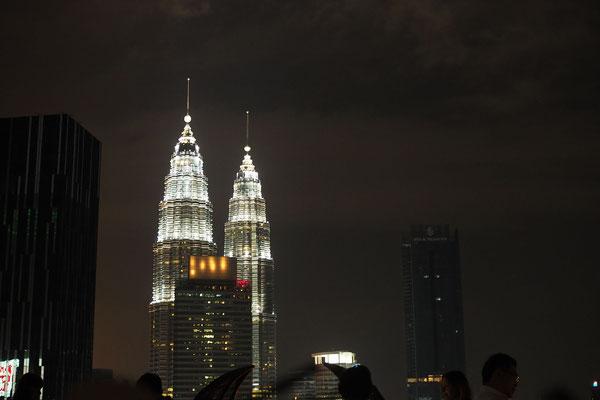 Die Petronas Towers - Radreise/Cycletouring - Alles in 12 Taschen
