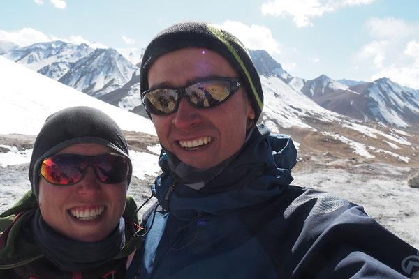 Es ist kalt auf 4.655m aber wir sind glücklich!