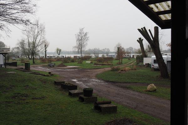 Der erste Campingplatz, vor Saisonstart