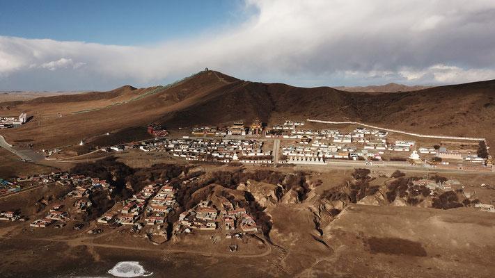 Ein Tempel in der Größe eines Dorfes