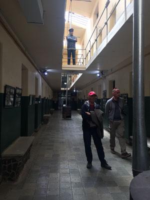 einmaliger Gefängnisspaziergang...