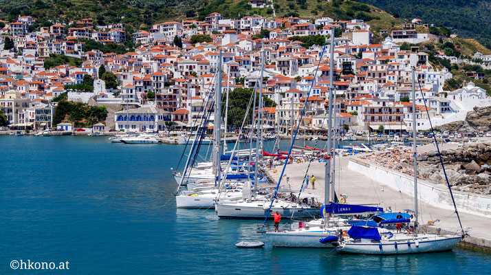 Der Hafen, Ausgangspunkt für kleine Ausflüge und für die Fähren auf andere Inseln.