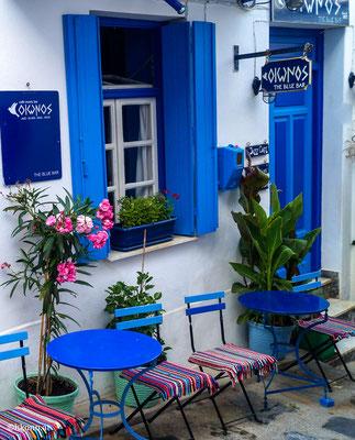 Bummel durch Skopelos Stadt mit kleinen Gassen, vielen gemütlichen Tavernen und Cafenions, ideal zum Bummeln
