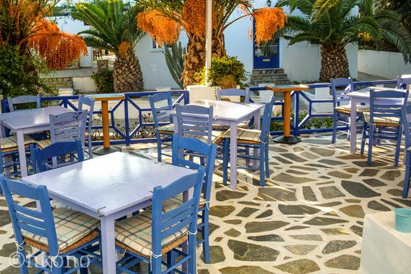 """Das Hotel !Atlantis"""" ist eine familiär geführte Pension, 100m vom Strand, und !!! mit frischen Köstlichkeiten von der Oma bei jedem Frühstück"""