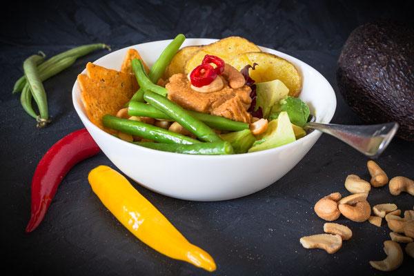 Vegane Bowl mit grünen Bohnen