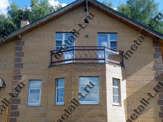 Ограждение балкона дерево + металл