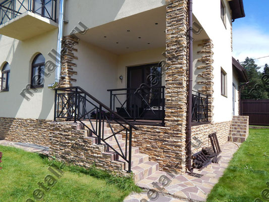 Ограждение террасы и лестницы