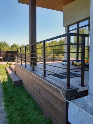 Металлические ограждения балконов и террас