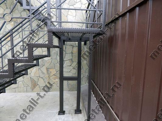 Лестница с переходными площадками