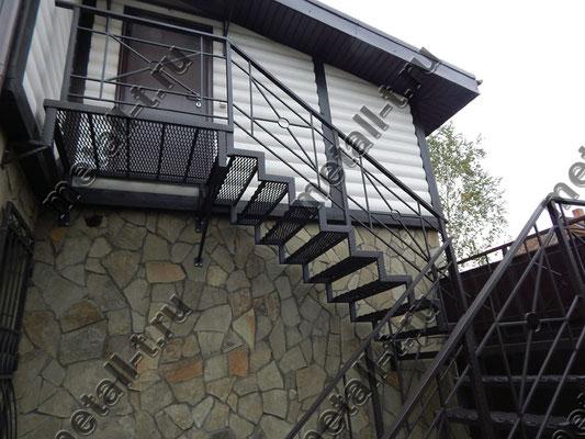 Лестница и перила металлические