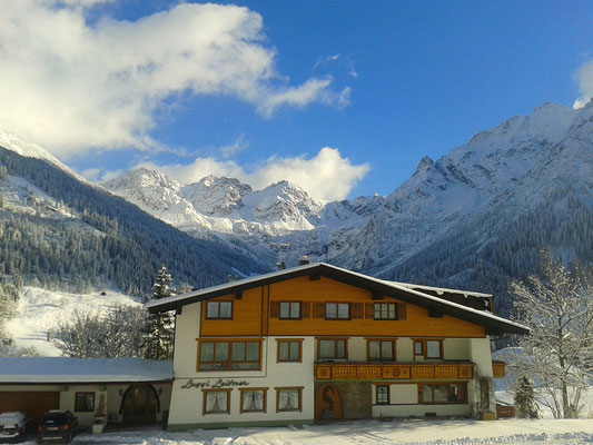 Haus Luggi Leitner im Winter
