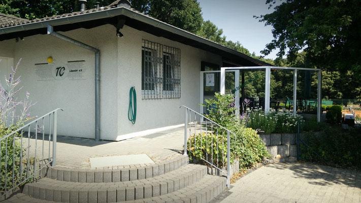 Eingang zur Tennisanlage des TC Lövenich e. V.