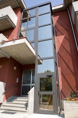 Außeneinsatz mit Fasade kombiniert