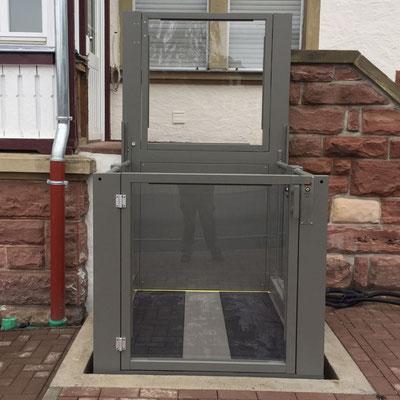 Liftboy Optional unten eine Tür anstatt der Rampe