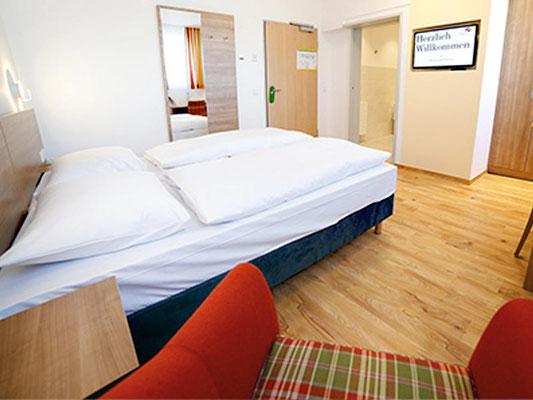 Zimmerbeispiel Kloster Hotel Hildegard Forum Bingen