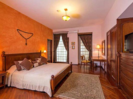 Ecuador:  Lima Hotel Patio Andaluz