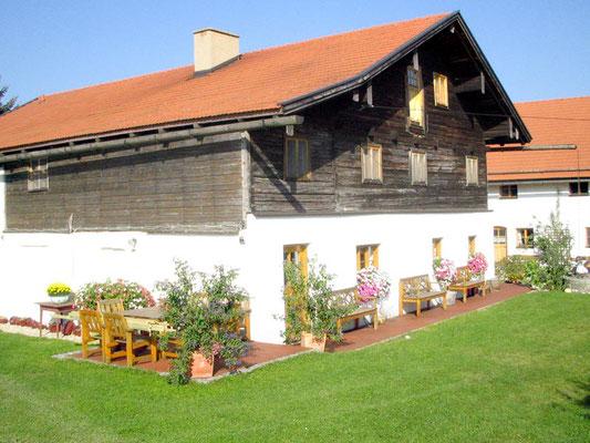 Niederbayern: Seminarhaus Attenhausen