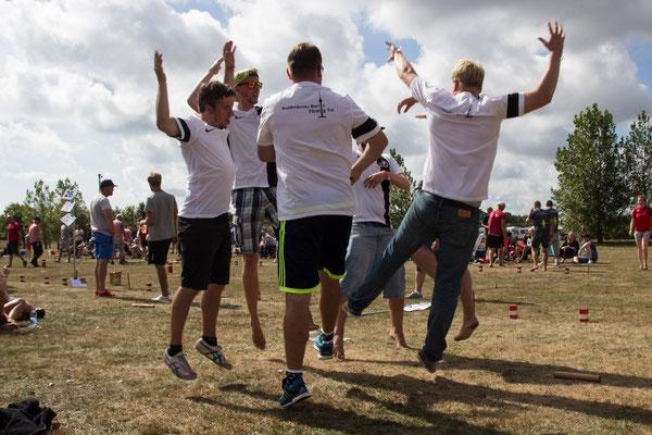 Geile Choreos von Törstig Trä zur VM 2016
