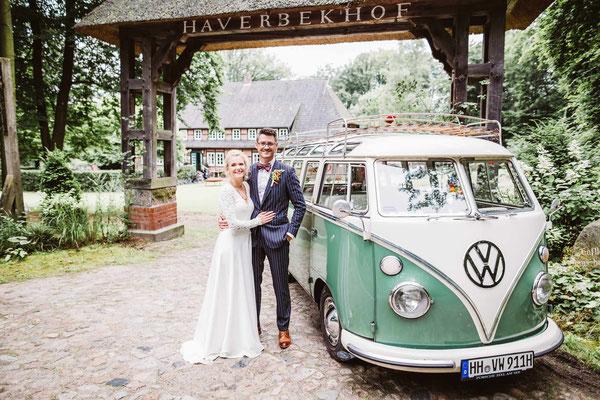 Vintage Hochzeit auf dem Hof