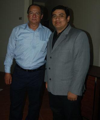 Conferencistas: Harry Darquea y Ronald Antón en el seminario de campañas políticas modernas en Manta Ecuador 2015