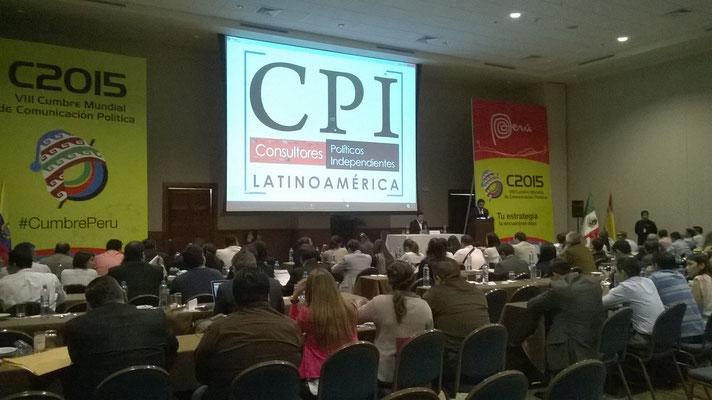 Conferencia de Oswaldo Moreno en la cumbre mundial 2015 en Lima Perú.