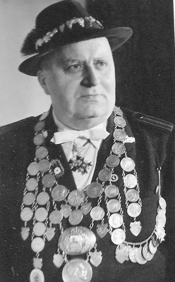 1958 Ernst Jünemann