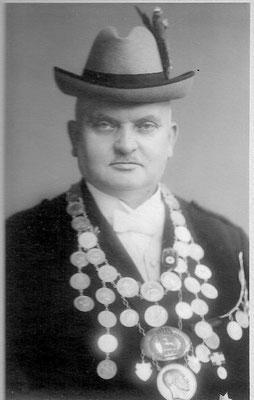 1926 Ferdinant Pflüger