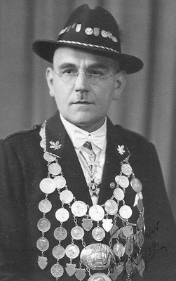 1937 Gustav Bielefeld