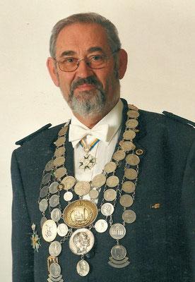 2001 Manfred Lipphardt