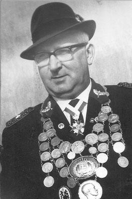 1964 August Pfennig